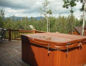 6006B hot tub view