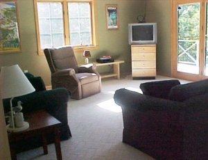 2022R Living area 091703 COMPRESSED